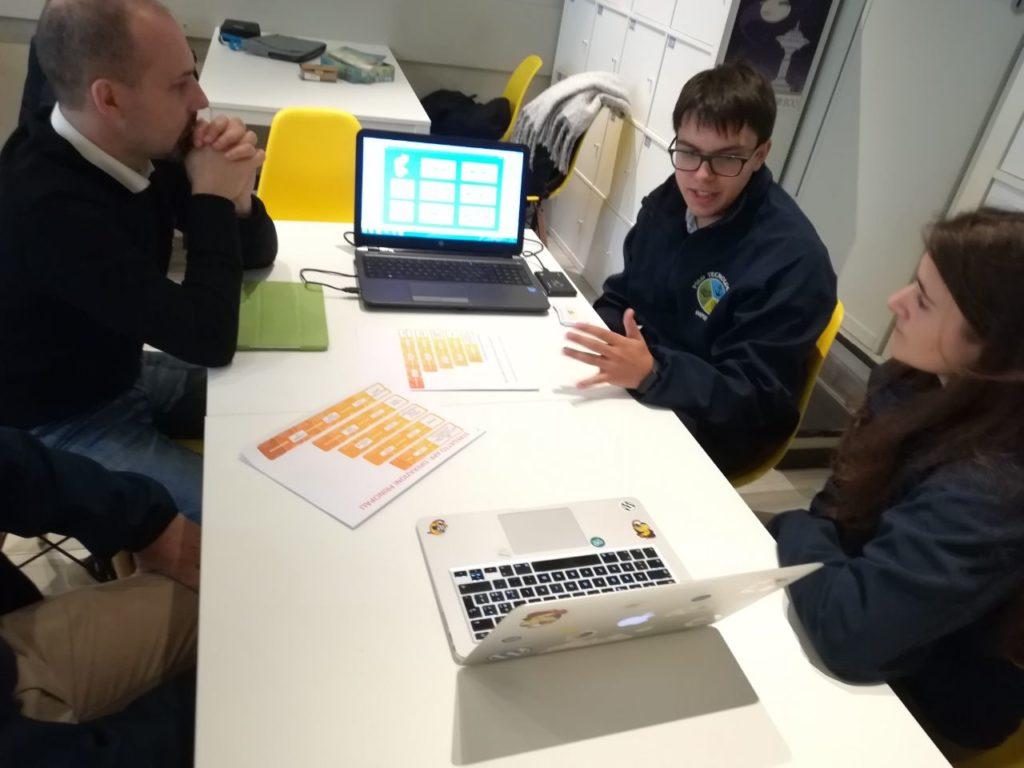 I ragazzi dell'I.T.I. presentano un nuovo sistema di gestione di gift card attraverso il progetto Sistemi Embedded